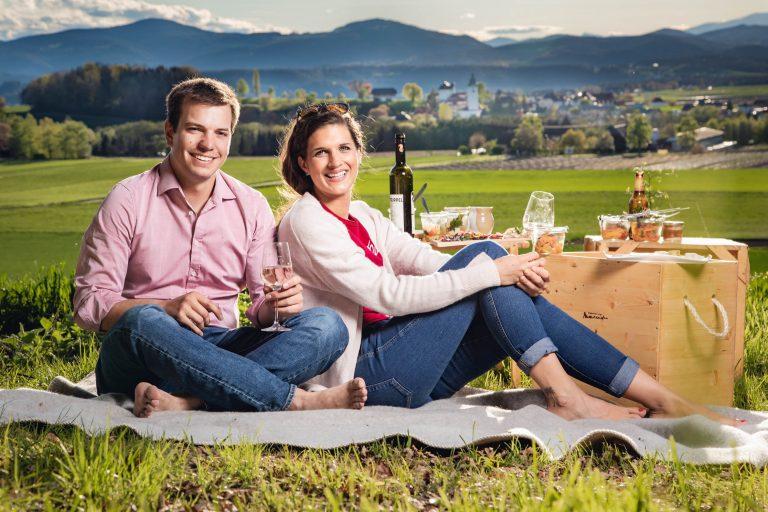 Picknick zu zweit in freier Natur | Marktplatz Mittelkärnten
